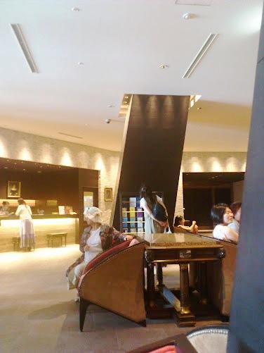 ホテルモントレグラスミア大阪のフロント