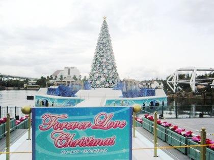 USJのクリスマスツリー ユニバーサル・ワンダー・クリスマス