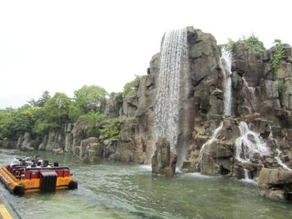 ジュラシック・パーク・ザ・ライドの滝
