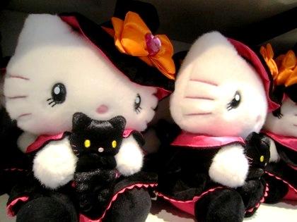 キティちゃんのマスコット人形
