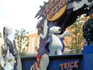 ハロウィーンのパレード